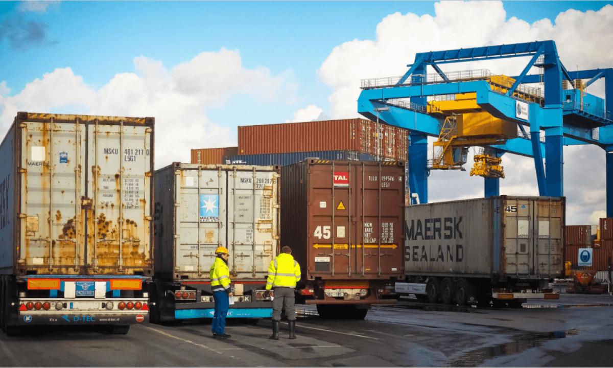 Distribusi Logistik