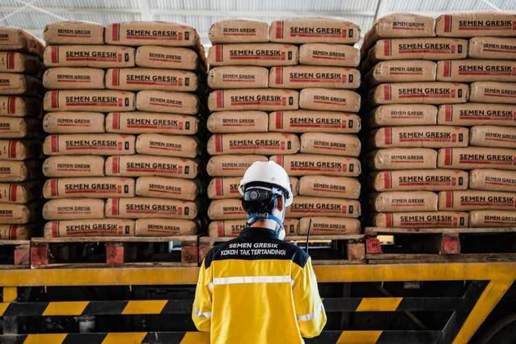 Perusahaan Distributor Terbesar Tiga Semen Indonesia
