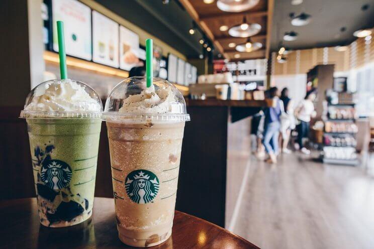 Strategi Distribusi dan Strategi Pemasaran Starbucks