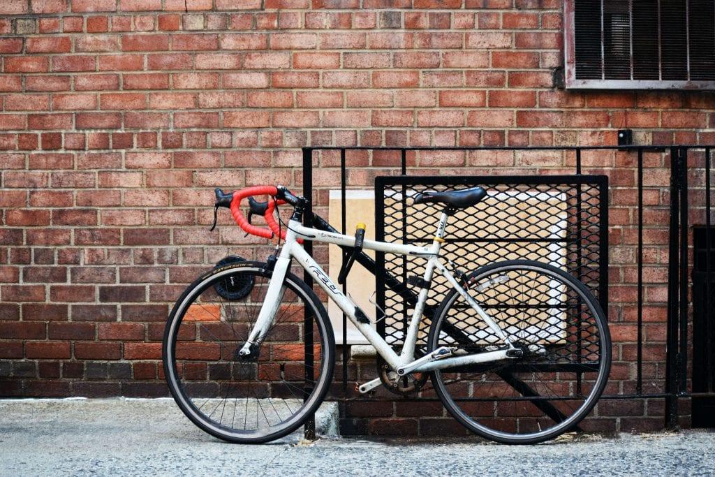 Sepeda merupakan contoh Strategi Distribusi Selektif